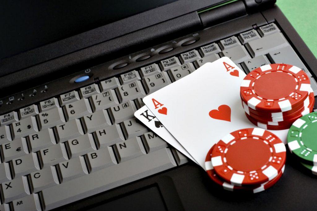Permainan poker online dari judi online asia